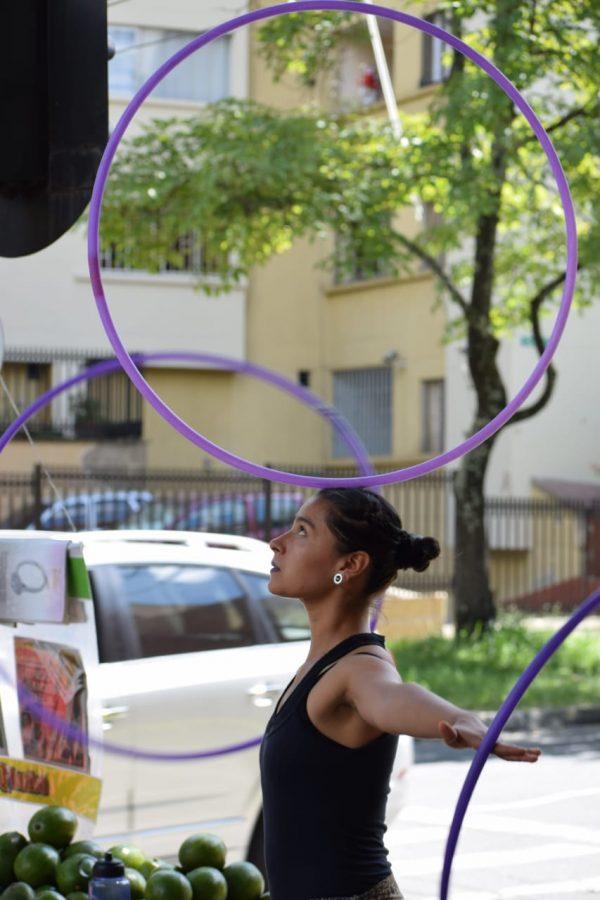 equilibrios con hula hoop